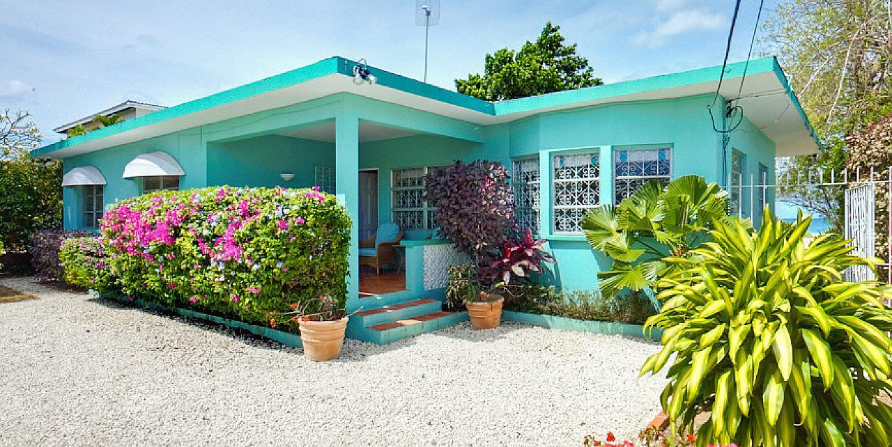 Sea Turtle House - Exterior