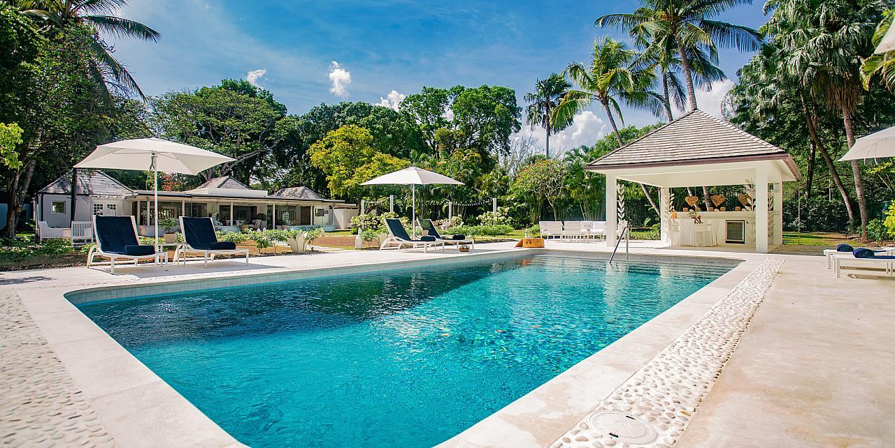 Banyan House Barbados - 5 bedrooms villa with pool